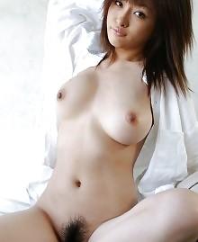 Hairy gorgeous Japanese cutie