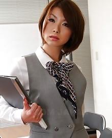 Japanese brunette chick