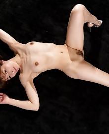 Brunette loves to please